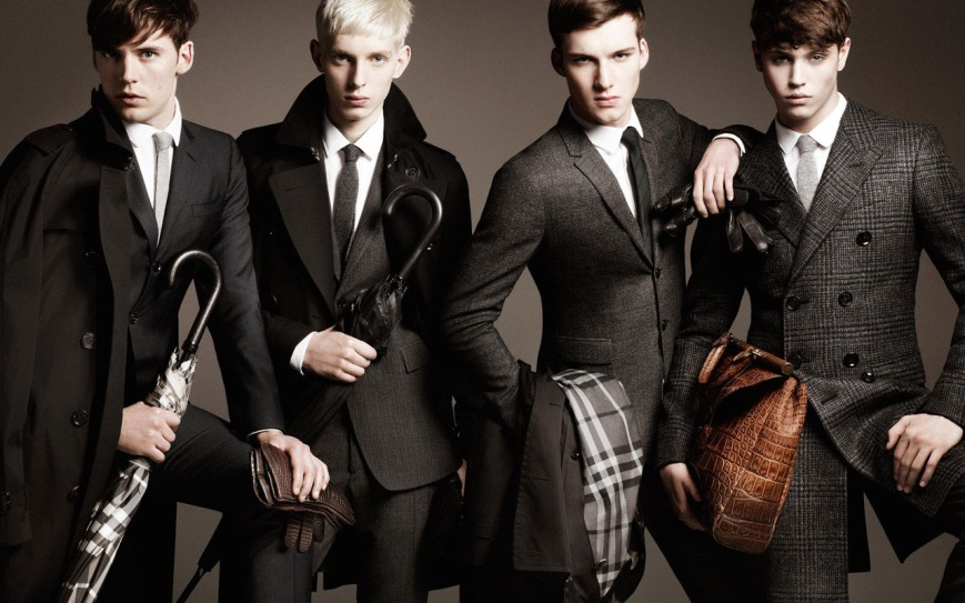 mens-winter-outfits-with-umbrella-as-accessories-by-burberry