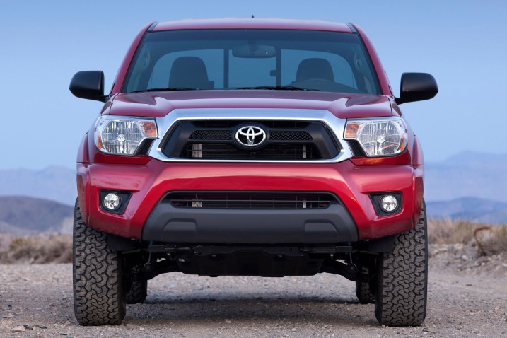 2017-toyota-tacoma-red-color-front-view-grille-and-headlights