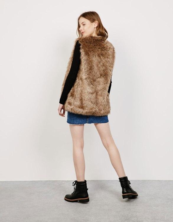 Bershka - 'SuperSoft' Fur vest